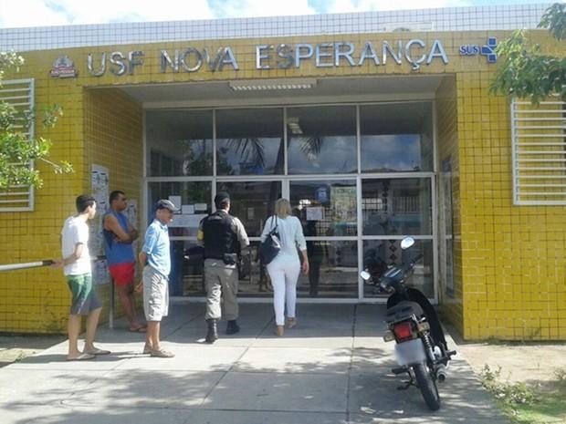 Polícia esteve no local, mas nenhum suspeito foi localizado (Foto: Cógenes Lira/Jornal da Paraíba)