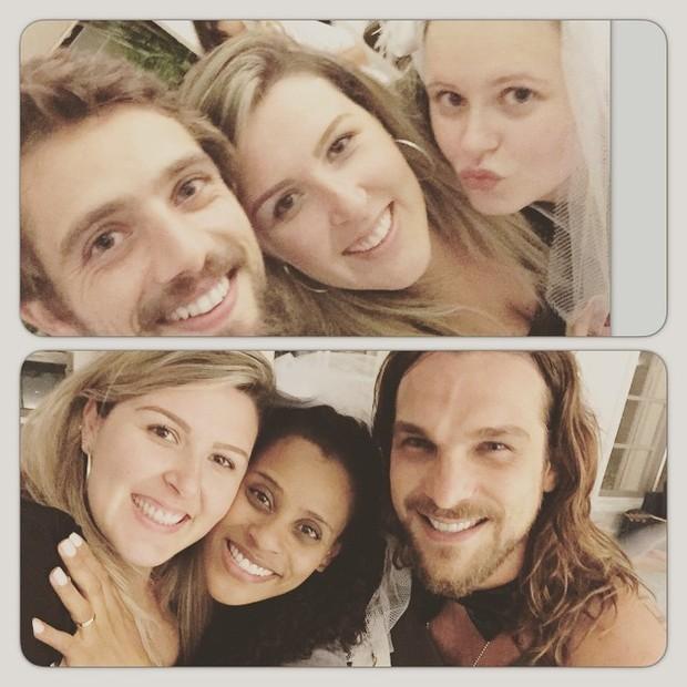 Rafael Cardoso e Mariana Bridi e Igor Rickli e Aline Wirley posam com amiga (Foto: Instagram)