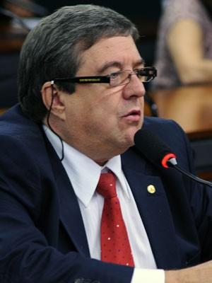 O deputado Abelardo Camarinha, na Câmara (Foto: David Ribeiro/Agência Câmara)