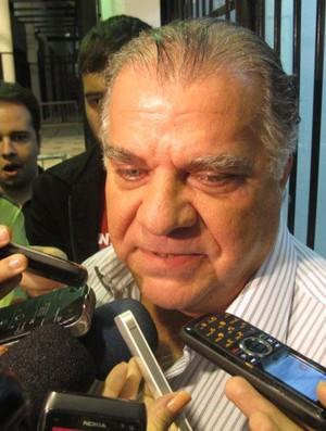 Odílio Rodrigues, vice-presidente do Santos, comenta sobre saída de Ganso (Foto: Marcelo Hazan / Globoesporte.com)