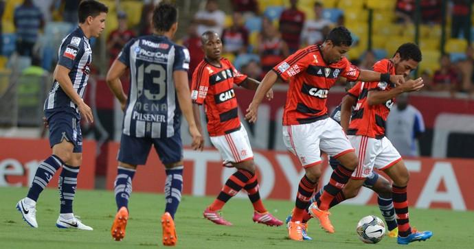 Hernane Flamengo x Emelec (Foto: André Durão / Globoesporte.com)