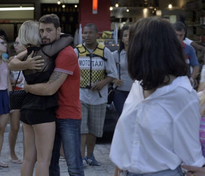 Que situação, Juliano! (Foto: TV Globo)