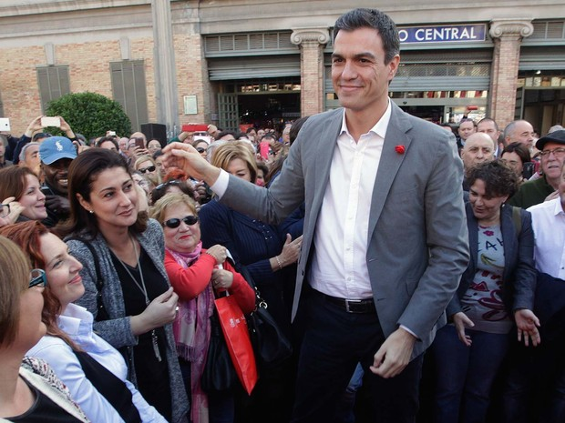 Pedro Sánchez, economista de 43 anos a frente do partido espanhol PSOE (Foto: REUTERS/Heino Kalis)