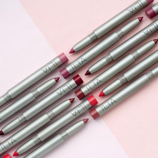 Maquiagem vegana! São os batons-lápis da Ilia (Foto: Reprodução/Instagram)