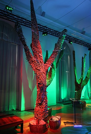 As árvores foram feitas por artesãs do sul de Minas Gerais (Foto: Casa e Jardim)