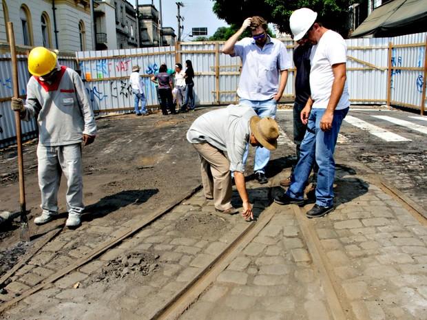 Levantamento arqueológicorealizado no local aponta que os trilhos estão conservados (Foto: Alexandre Fonseca/Seminf)
