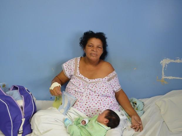 'Ninguém acredita que é meu filho', diz Sebastiana  (Foto: Tássio Andrade / G1)
