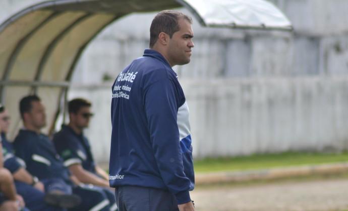 Técnico Arismar Junior Taubaté Futebol Feminino (Foto: Filipe Rodrigues)
