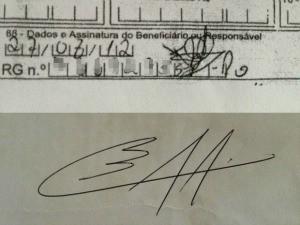 Acima, o documento com a assinatura que a família não reconhece. Abaixo a assinatura do marido d eTaiane (Foto: Vanessa Vasconcelos/G1)