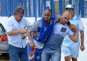Thiago Elias, atacante, Marília, contusão (Foto: Ricardo Prado / Marília AC)
