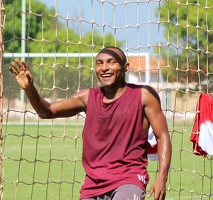 Fabinho, treino River-PI (Foto: Abdias Bideh/GloboEsporte.com)
