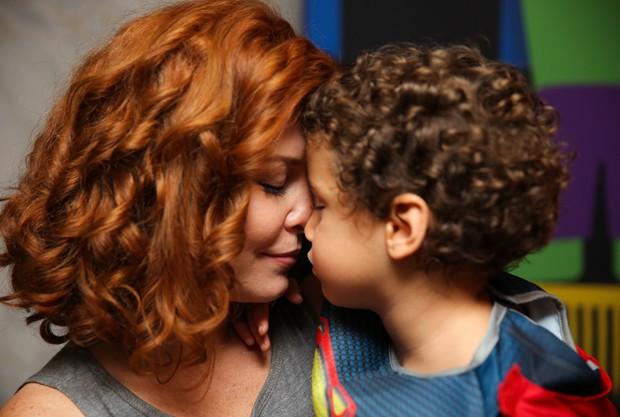 Bárbara Borges e Martin (Foto: Brunno Carone/ Mukua Kids/ Divulgação)