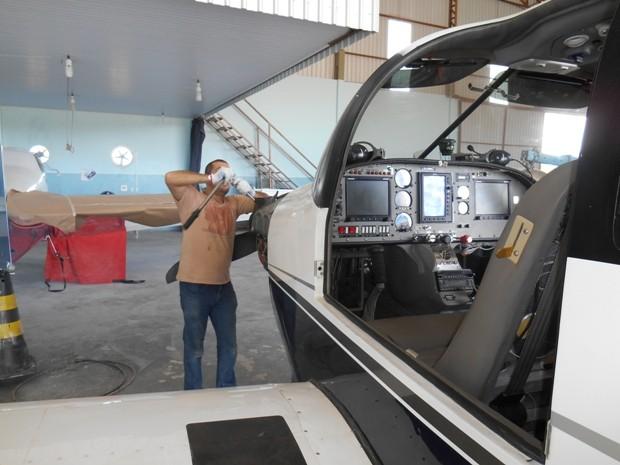 [Brasil] Sonho de construir avião transforma vida de engenheiro do Vale do Paraíba Dscn0162_4