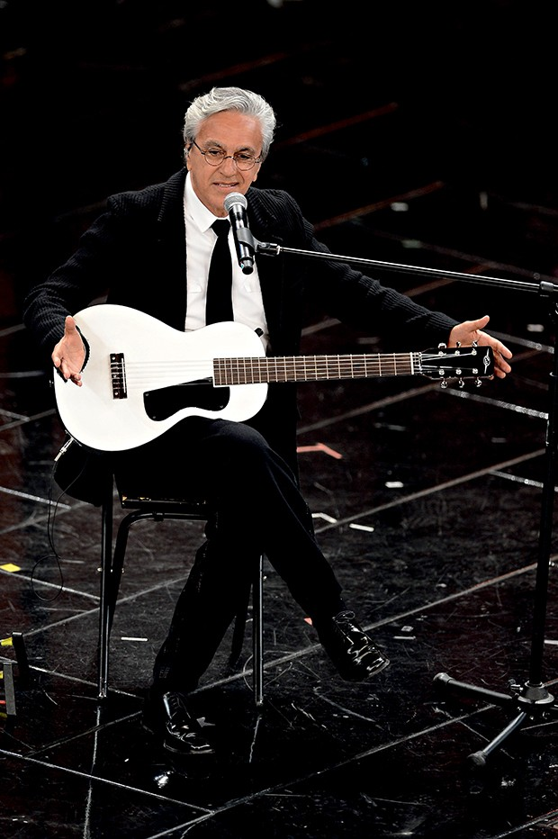 SANREMO, ITALY - FEBRUARY 15:  Caetano Veloso attend the fourth night of the 63rd Sanremo Song Festival at the Ariston Theatre on February 15, 2013 in Sanremo, Italy.  (Photo by Venturelli/WireImage) (Foto: WireImage)