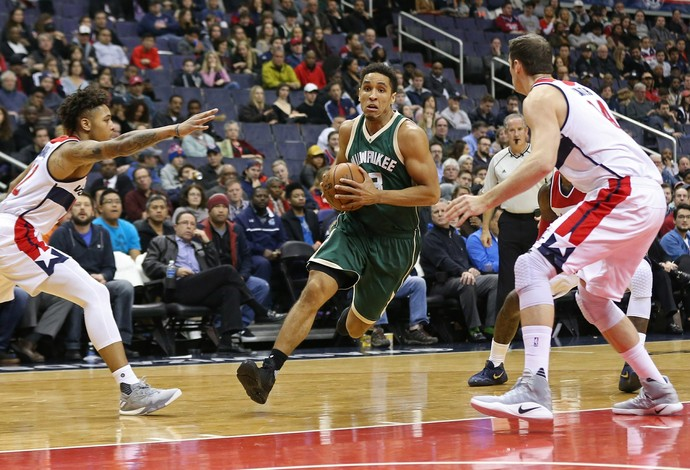 Bucks e Wizards (Foto: Reuters)