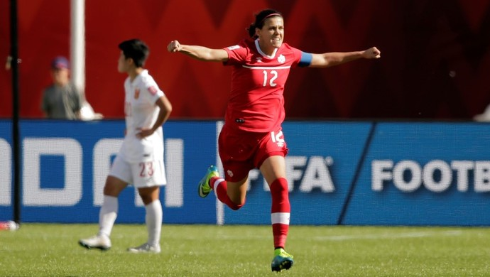Christine Sinclair comemora, Canadá x China Mundial feminino (Foto: Agência Reuters)