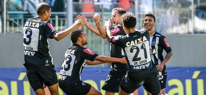 Jogadores do Galo comemoram um gol na vitória sobre a Ponte (Foto: Bruno Cantini / Atlético-MG) (Foto: (Foto: Bruno Cantini / Atlético-MG))