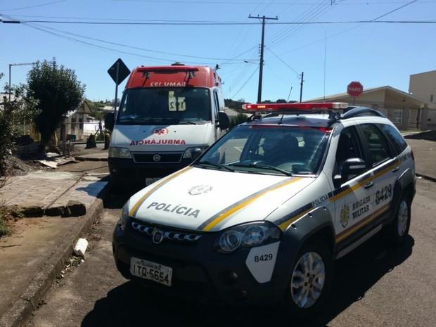 Ambulância do Samu foi furtada em meio a atendimento de paciente em Passo Fundo (RS) (Foto: Lucas Cidade/Rádio Uirapuru)
