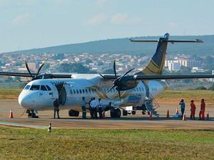Mulher morre dentro de aeronave em Vitória da Conquista, na Bahia (Foto: Anderson Oliveira/Blog do Anderson)