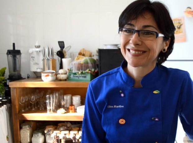 Cléo Martins deixou a carreira como administradora para seguir a vocação na cozinha (Foto: Patrícia Teixeira / G1)