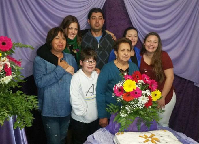 Pâmela se reúne com a família no sul: 'Nada melhor que a família pra te trazer essa paz e força interior' (Foto: Arquivo Pessoal)