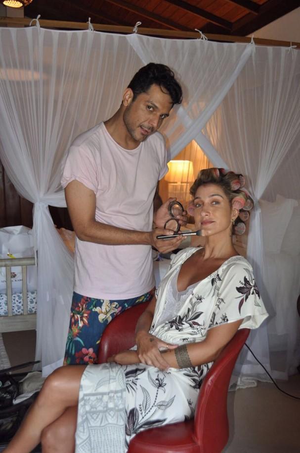 Gabi Pugliesi e o maquiador Renner Souza (Foto: Divulgação)