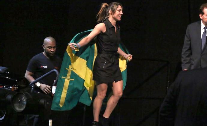 Bethe Correia, Pesagem UFC 177 (Foto: Evelyn Rodrigues)