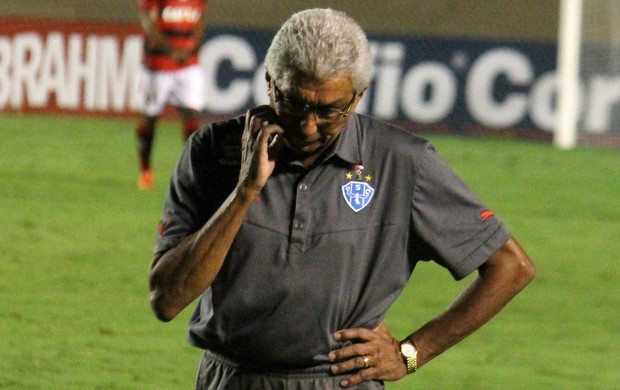 Givanildo Oliveira segue sem vencer no Paysandu (Foto: Leoiran/Fotoshow)