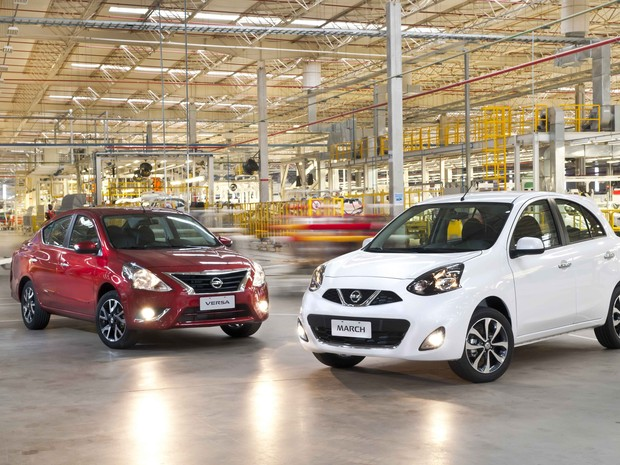 Nissan March e Versa ganham opção de câmbio automático CVT (Foto: Divulgação)