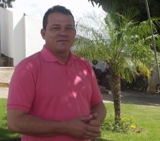 João Edwar apresenta o Inter TV Rural (Foto: Henrique Corrêa/Inter TV)