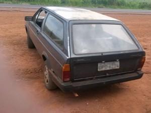 Carro usado crime Tupaciguara (Foto: Reprodução/TV Integração)