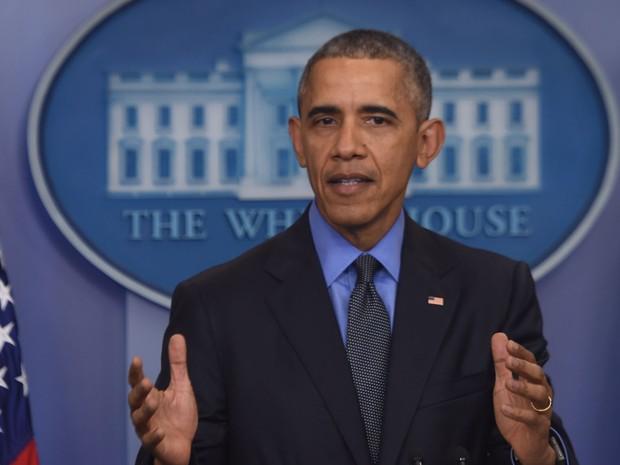 O presidente dos EUA, Barack Obama, concede na Casa Branca sua última entrevista coletiva de 2015, na sexta (18) (Foto: AFP Photo/Nicholas Kamm)