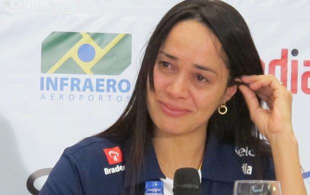 Rosicleia Campos se emociona em entrevista coletiva judo olimpiadas londres 2012 (Foto: Rodrigo Faber/Globoesporte.com)