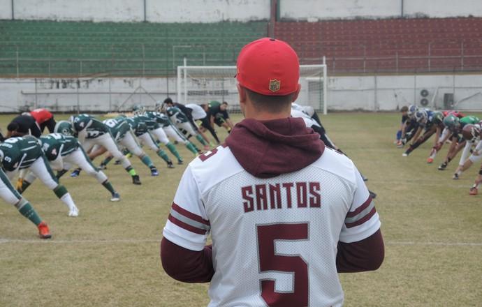 Cairo Santos clínica Canindé futebol americano (Foto: David Abramvezt)