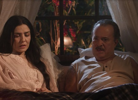 José Augusto se recusa a levar Delfina com ele para o Brasil