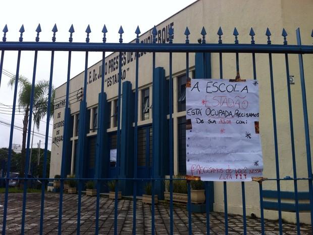 Escola Julio Prestes também foi ocupada por estudantes (Foto: Moisés Soares/ TV TEM)