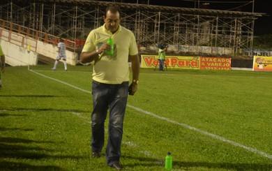 Vitor Hugo, técnico do Tapajós (Foto: Michael Douglas/GloboEsporte.com)