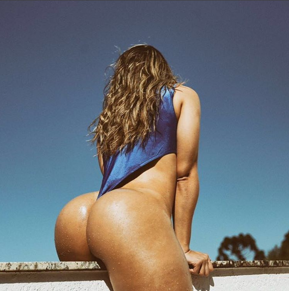 Mulher Melão em cima do muro (Foto: Reprodução / Instagram)