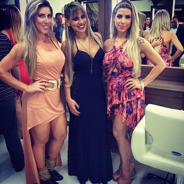 Ana Paula Minerato, ex-BBB Vanessa e Tati Minerato em evento em São Paulo (Foto: Instagram/ Reprodução)