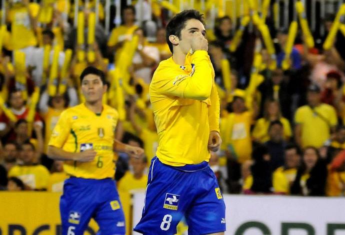 futsal zico brasil gol costa rica (Foto: Luciano Bergamaschi / CBFS)