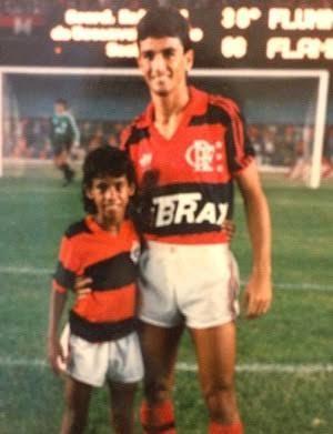 Léo Moura e Bebeto, ídolo do Flamengo (Foto: Acervo pessoal)