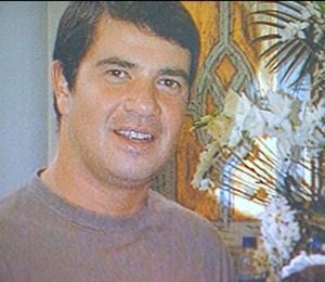 Rodrigo Gularte, de 43 anos, foi preso em 2004 com seis quilos de cocaína escondidos em oito pranchas de surfe na Indonésia (Foto: Reprodução TV Globo)