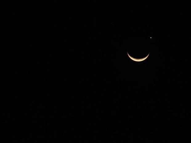 Fenômeno pôde ser visto no céu do Rio Grande do Sul (Foto: Tatiana Lopes/G1)