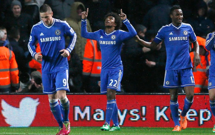Willian gol Chelsea x Southampton (Foto: Reuters)