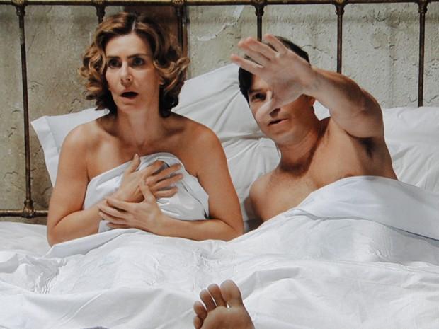 Os amantes não têm chance de defesa (Foto: Gabriela / TV Globo)