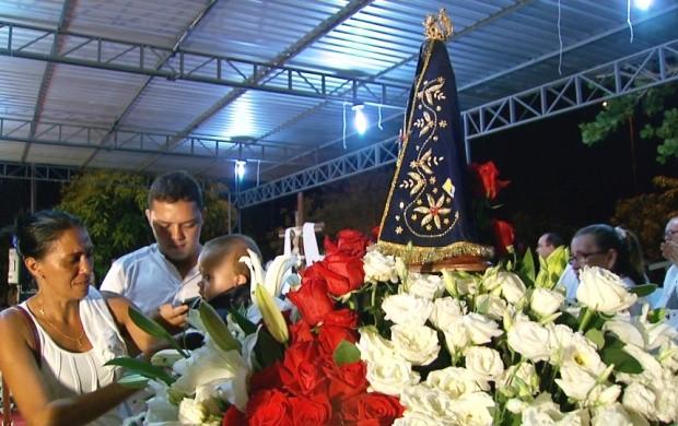 Católicos de Roraima homenageiam Nossa Senhora de Aparecida (Foto: Bom Dia Amazônia)