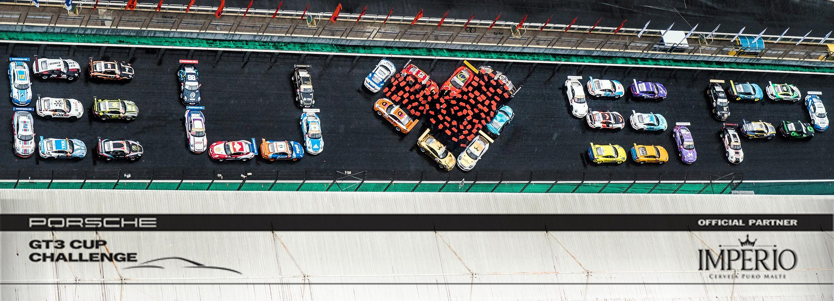Banner de amor por SP da Porsche Império GT3 Cup em Interlagos (Foto: Divulgação/Victor Eleuterio )