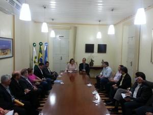Cláudia Regina se reuniu com o secretariado nesta quinta no Palácio da Resistência (Foto: Divulgação/Prefeitura de Mossoró)