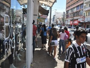 Comércio de Campo Grande funciona em horário especial a partir de 5 de dezembro (Foto: Reprodução/TV Morena)