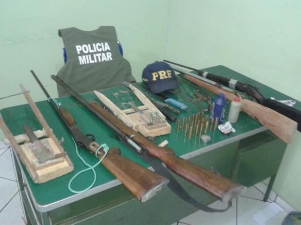Material apreendido pela PRF (Foto: Polícia Rodoviária Federal)